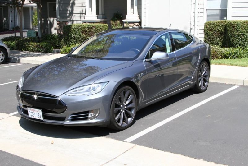 2013 Tesla Model S Performance Plus 4-door Sedan