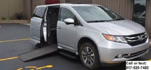 2015 Honda Odyssey Touring VMI North star Handicap mobility wheelchair accessible Van