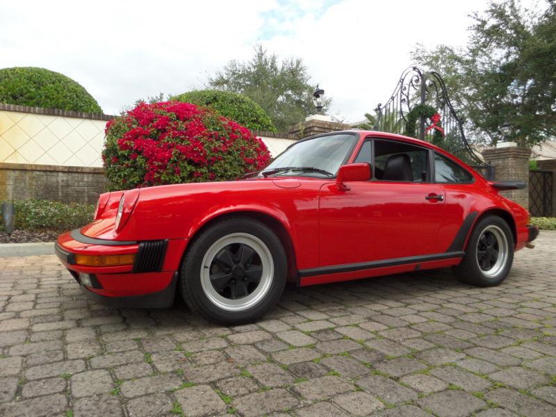 1985 Porsche 911 2 DOOR CARRERA SUNROOF COUPE