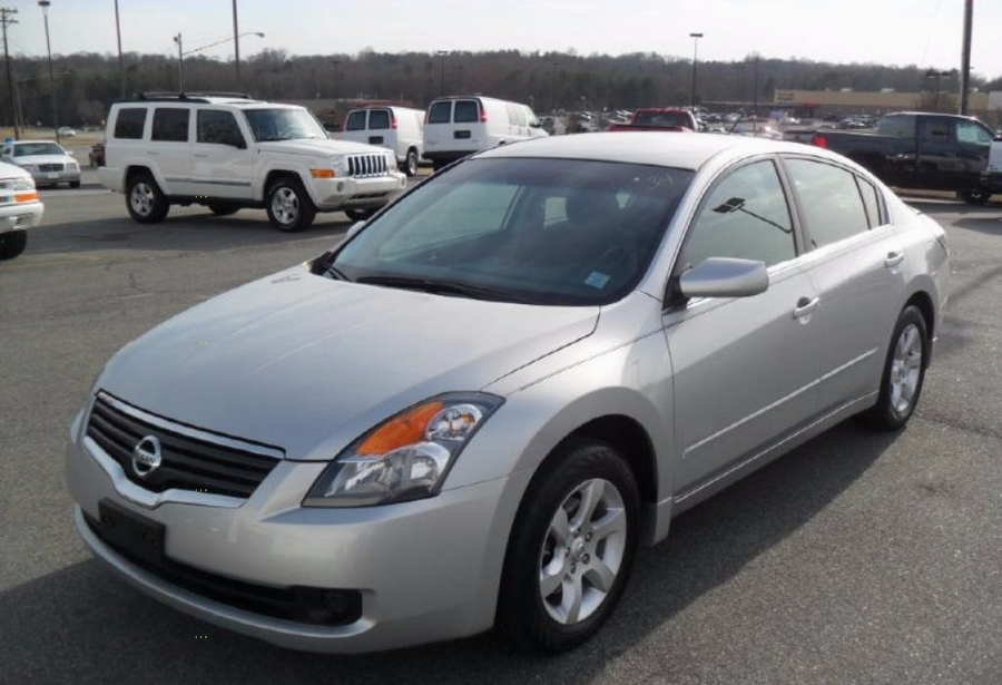 $199 Down! 2009 Nissan Altima. No Credit? Bad Credit? WE FINANCE!! *Approval based on income!!