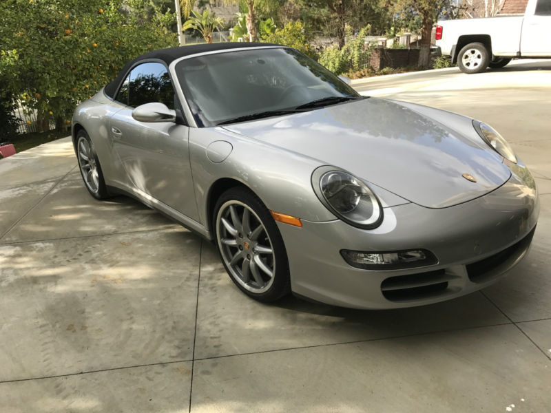 2008 Porsche 911 Carrera 4 Convertible 2-Door