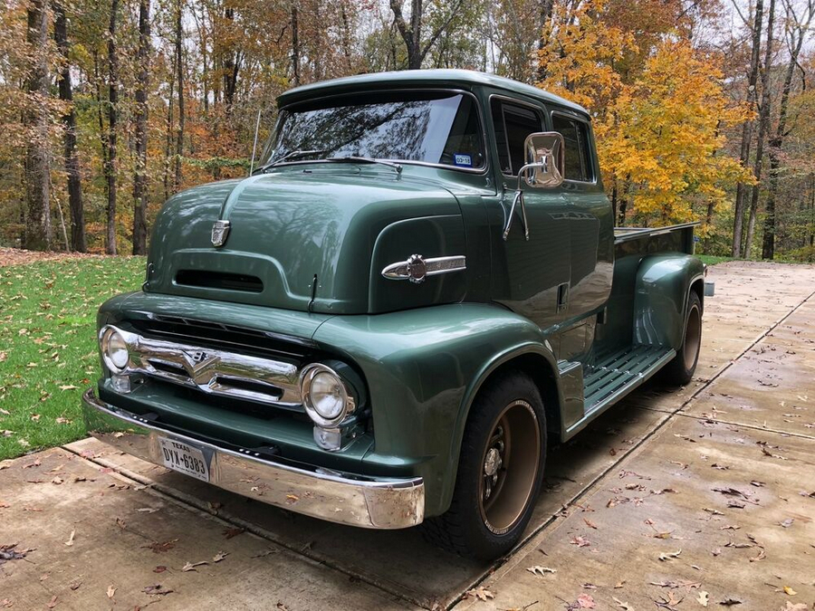 1956 Ford F-800