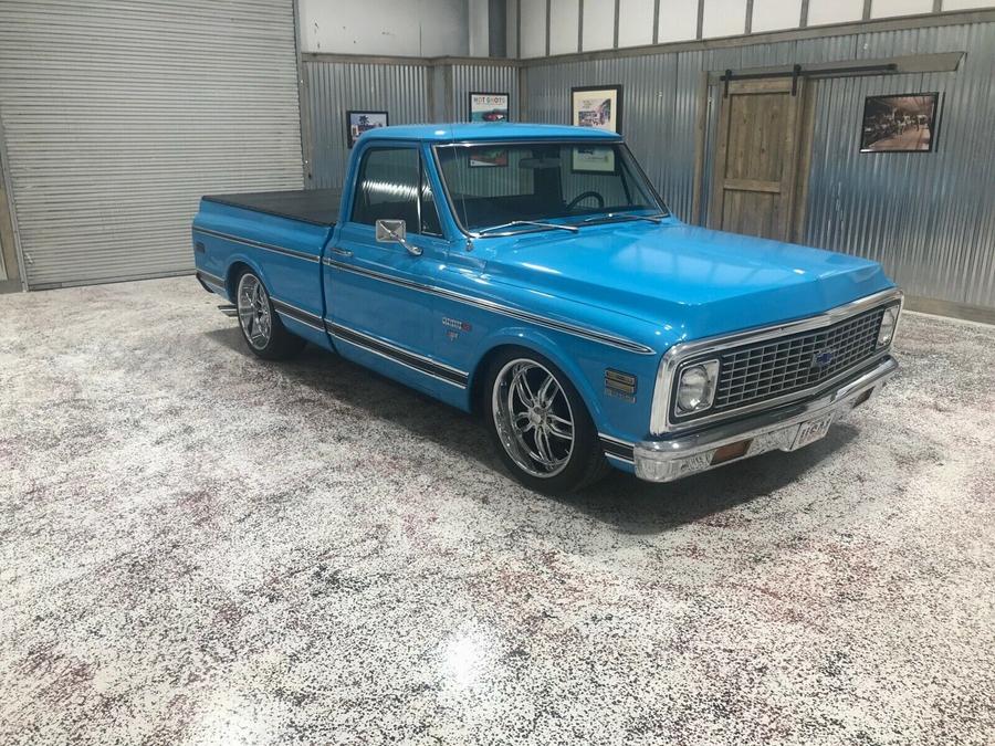 1971 Chevrolet C-10 Pickup Blue
