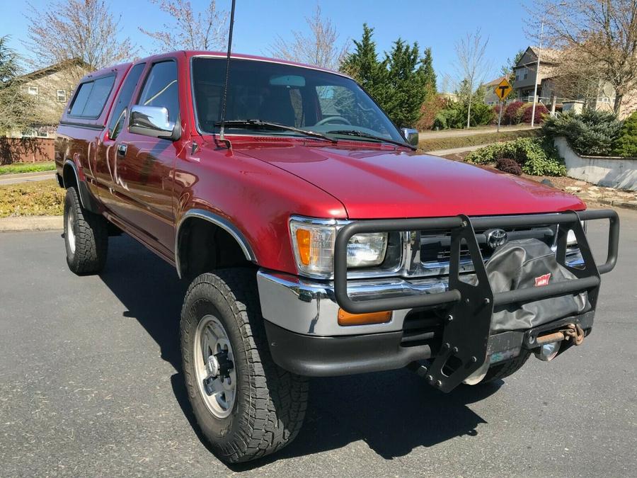 1992 Toyota Pickup 1/2 TON