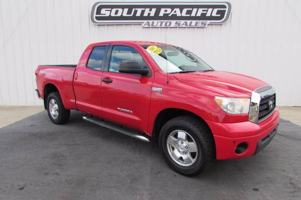 2007 Toyota Tundra SR5 4dr Double Cab SUPER CLEAN & GREAT FINANCING