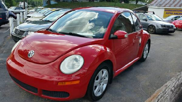 2007 VW Beetle Automatic Salsa Red sharp looking Bug