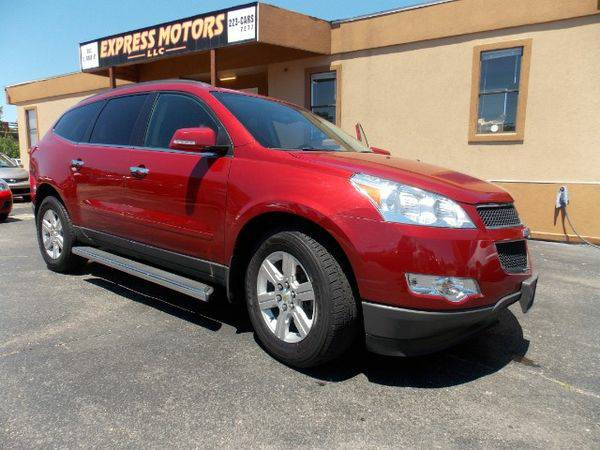 2012 *Chevrolet* *Traverse* LT AWD - GET APPROVED TODAY!