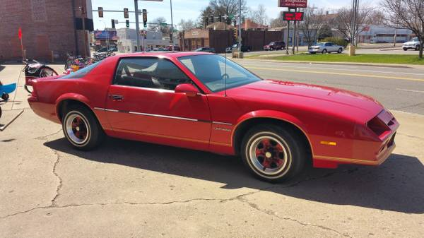 1982 Camaro,V6, 2D Sport Coupe - One Owner!