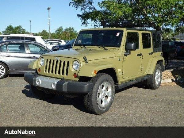 2013 Jeep Wrangler Unlimited Sahara SKU:DL549814 Jeep Wrangler Unlimit