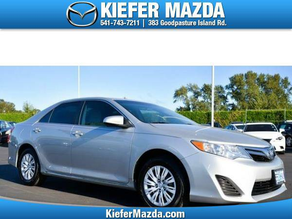 2012 *Toyota* *Camry* *4dr Sdn I4 Auto LE (Natl)* 4dr Car