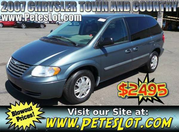 2007 Chrysler Town & Country Minivan For Sale __