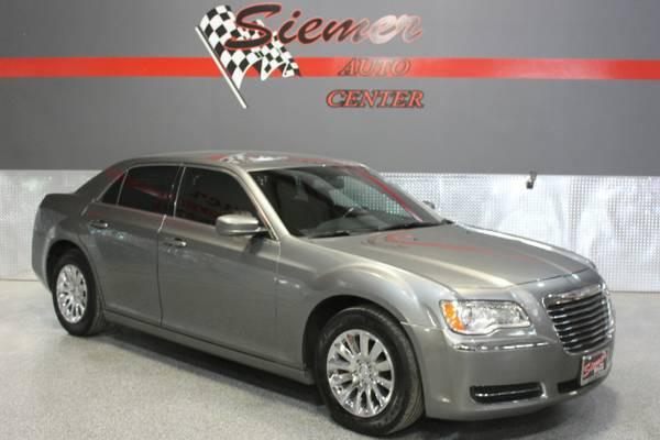 2012 Chrysler 300*BIG TIME DEALS, SMALL TOWN VALUES, CALL