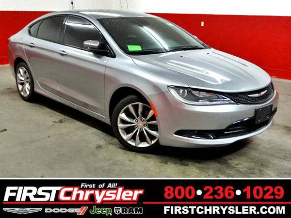 2015 *Chrysler 200* S - Chrysler Billet Silver Metallic Clearcoat