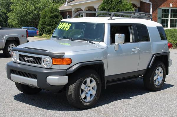 2007 TOYOTA FJ CRUISER 4X4 *TOW PACKAGE**FINANCING AVAILABLE*