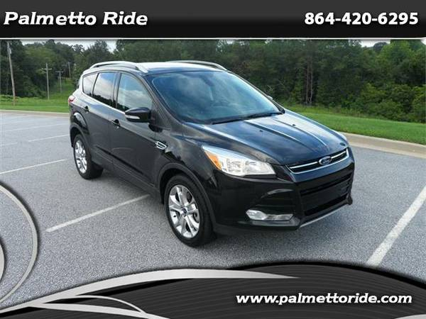 2015 Escape Titanium w/ Lthr, Remote Start, Heated Seats & B/U Camera