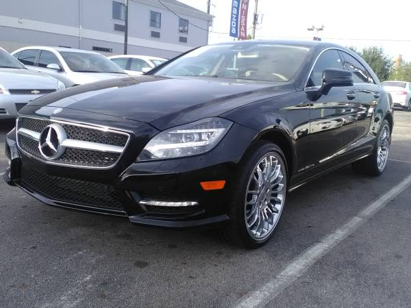✪✪ 2012 MERCEDES CLS550! TOP OF THE LINE!...