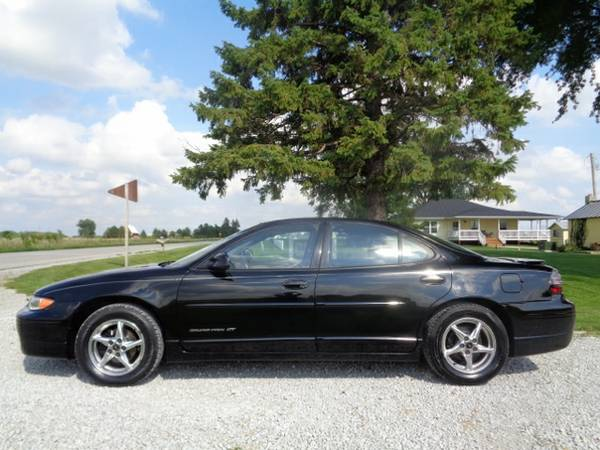 2002 Pontiac Grand Prix GT - Sedan - Black - 132k - IMMACULATE!