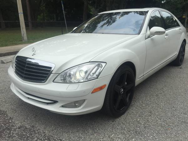 2008 Mercedes-Benz S550 ***MINT CONDITION - WE FINANCE EVERYONE ***