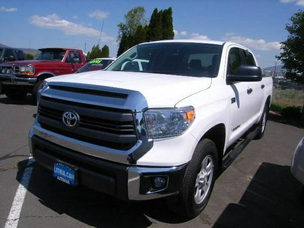 2014 TOYOTA TUNDRA SR5 - Contact Dealer only 15,385 miles