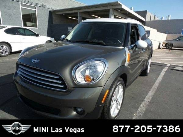 2014 MINI Countryman Cooper SKU:EWR39144 MINI Countryman Cooper SUV