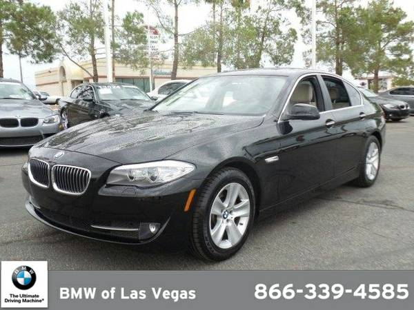2011 BMW 528 528i SKU:BC742319 BMW 528 528i Sedan