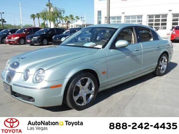 2005 Jaguar S-TYPE 4.2L V8 SKU:5HN32646 Jaguar S-TYPE 4.2L V8 Sedan