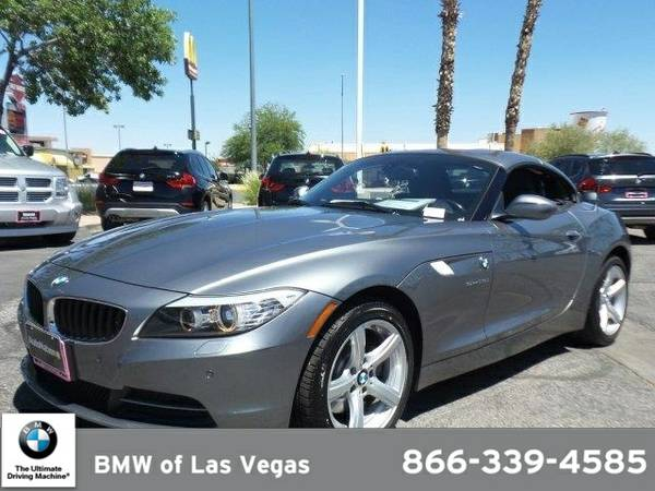 2013 BMW Z4 sDrive28i SKU:DJ104333 BMW Z4 sDrive28i Convertible