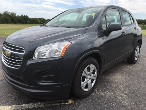 2016 Chevrolet Trax LS!!! Great MPG!!! Low Miles!!!