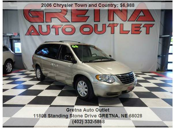 2006 Chrysler TOWN & COUNTRY*ONLY 92K DUAL POWER DOORS STOW & GO SEATS