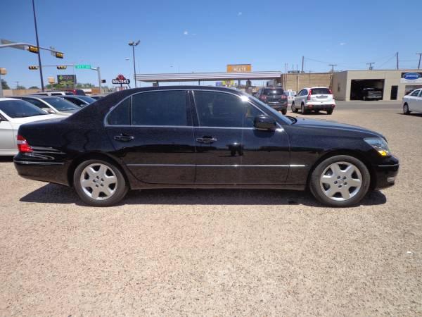 $11,900 2004 LEXUS LS430