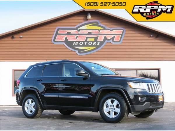2013 Jeep Grand Cherokee Laredo 4x4 - Extra Clean 1 Owner!