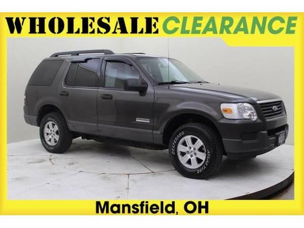 2006 *Ford Explorer* XLS - 13753MAX - (Pueblo Gold Clearcoat Metallic)