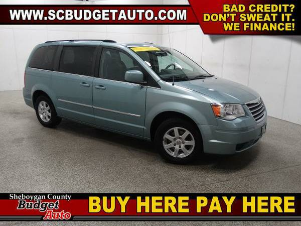 2010 *Chrysler Town & Country* Touring-FWD BUY HERE and PAY HERE!