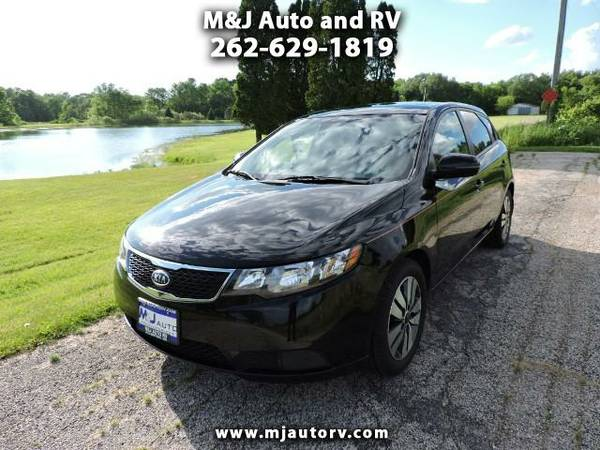 2013 Kia Forte 5-Door EX THIS CAR IS LIKE BRAND NEW!!! I LOVE IT!!!