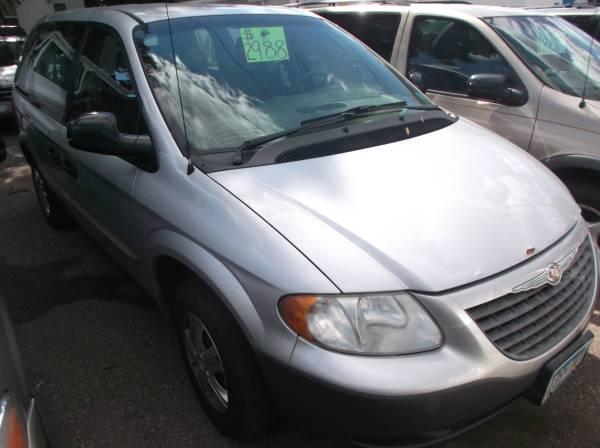 2001 Chrysler Voyager (#4605)