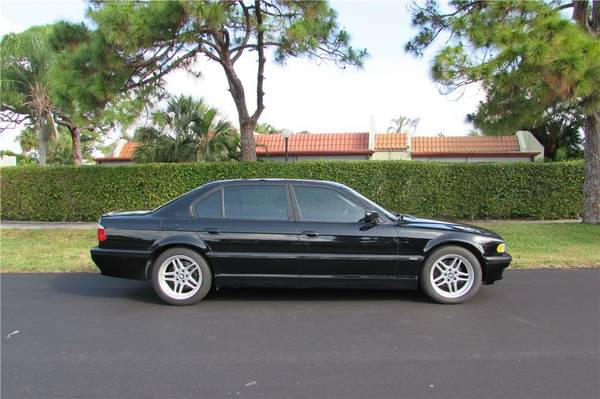 2001 BMW 740iL - Sport/Premium/Navi/HK Audio/Heated Seats -WHOLESALE-