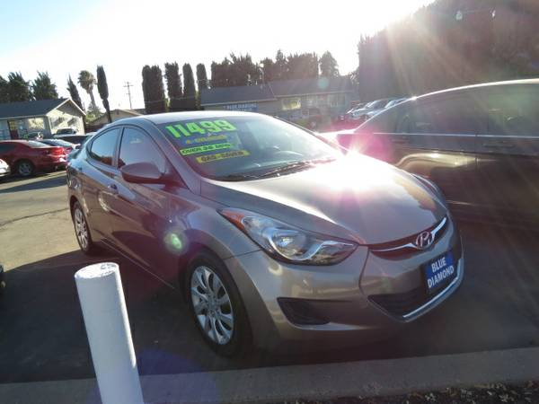 ** 2013 Hyundai Elantra GLS Gas Saver BEST DEALS GUARANTEED **