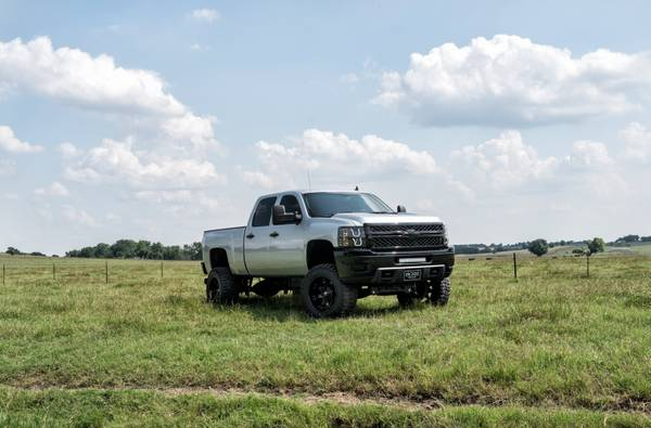 2011 Silverado 2500 DSL 6.6L Crew Cab 4x4 Z71 7 Lift 20 FUEL *LOOK*