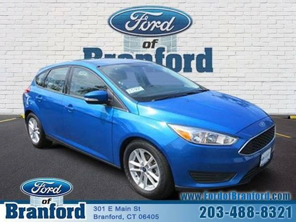 2015 *Ford Focus* SE - U5525 - ()