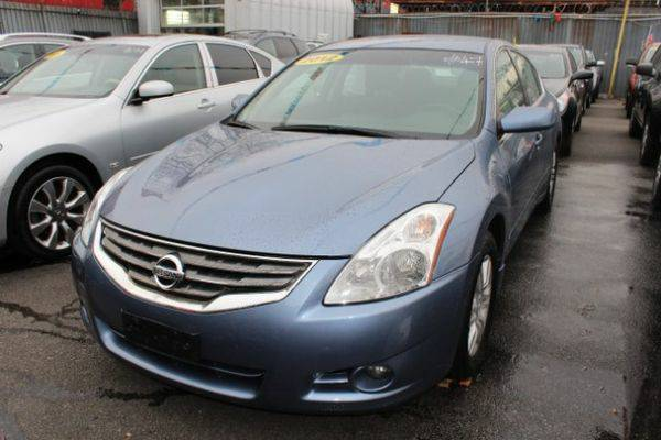 2012 *Nissan* *Altima* 2.5 *Buy-Here-Pay-Here & Financing*