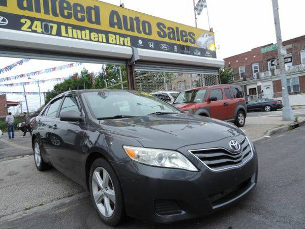2010 *Toyota* *Camry* SE 6-Spd MT *Buy-Here-Pay-Here & Financing*
