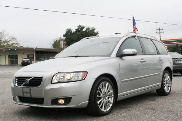 2008 VOLVO V50 T5 WAGON †SMOKE FREE-SAFETY FAMILY CAR†