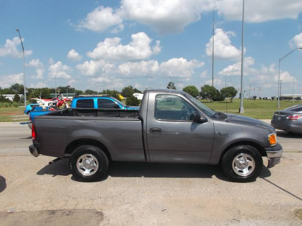 2004 Ford F-150 Short Wide Bed . Low Miles