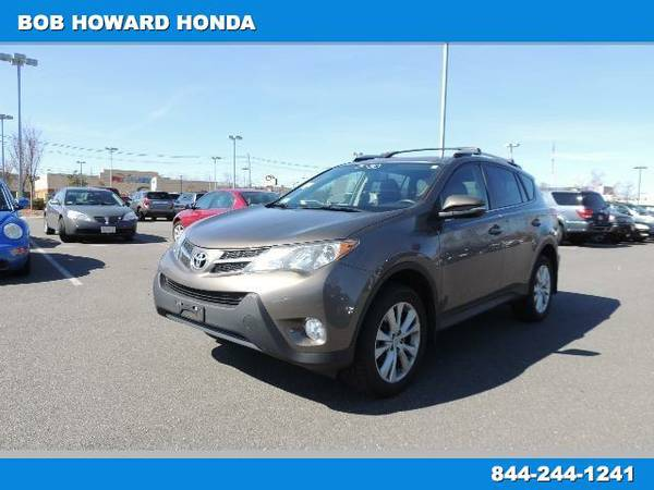 2014 Toyota RAV4 - *SUPER CLEAN AND RUNS GREAT!*