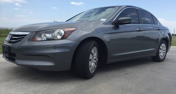 ***2012 HONDA ACCORD LX 2.4! GREAT GAS MILEAGE! GREAT FIRST CAR!***