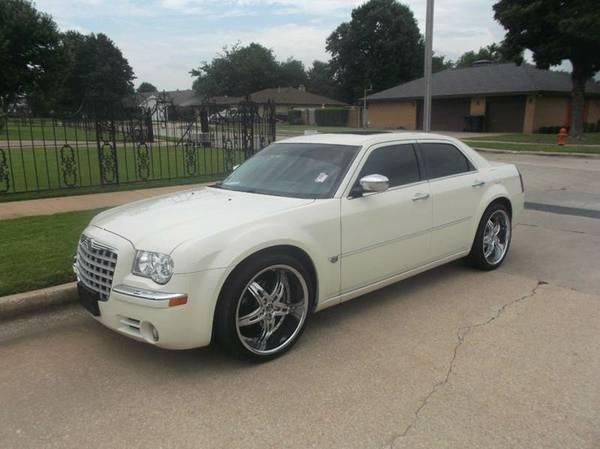 2005 Chrysler 300 Hemi Leather 92kmiles Sunroof ! 300c