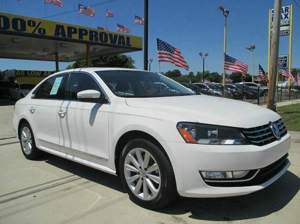 2013 *Volkswagen* *Passat* SEL Premium 4dr Sedan 6A - GET APPROVED...