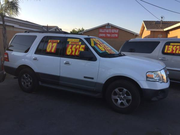 ( (2007 FORD EXPEDITION XLT) ) 3RD ROW SEAT,EXTRA CLEAN