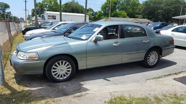 05 Lincoln Towncar --- $500 Down + --- 0% Interest Financing