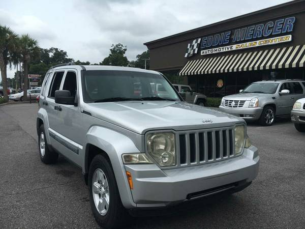 2009 Jeep Liberty Bright Silver **Save Today - BUY NOW!**